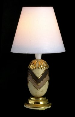 Cream/Br. base lamp