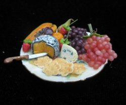 Cheese and Fruit Tray w/crackers