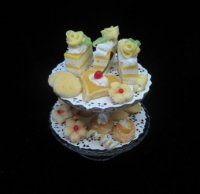 2 tiered lemon pastries