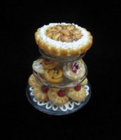 3 Tier Pastry Tray w/pie