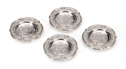 Pewter dishes/4