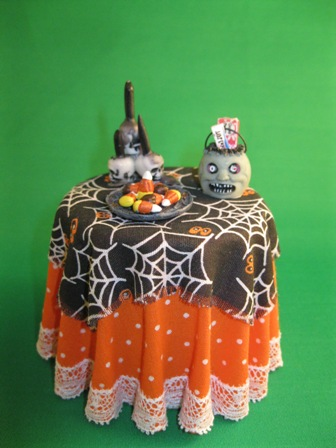 Halloween Table with ghoul