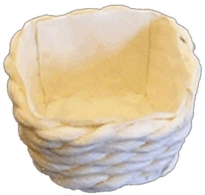 sq. cream basket